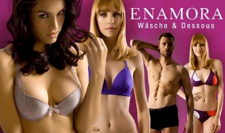 Enamora Wäsche Gutschein bei Groupon - Eine gruppe von menschen posiert für die kamera - Dessous