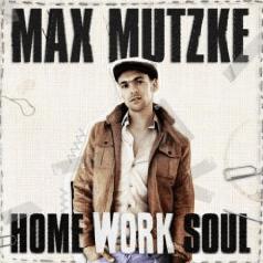 Max Mutzke: Meant To Be Gratisdownload - Eine Person posiert für die Kamera - Hoch auf deine Liebe