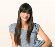Einkaufen in der Zalando Lounge - Eine Person posiert für die Kamera - Lange Haare