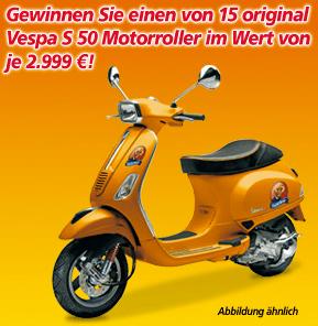Einen von 15 Vespa S 50 Roller gewinnen - Ein gelbes und schwarzes Motorrad - Vespa