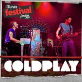 5 kostenlose Coldplay Songs via iTunes herunterladen - Eine Gruppe von Menschen auf einer Bühne - Kaltes Spiel